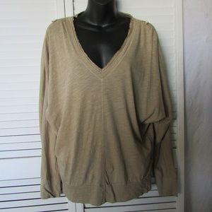 Rachel Roy v neck with shoulder zippers medium